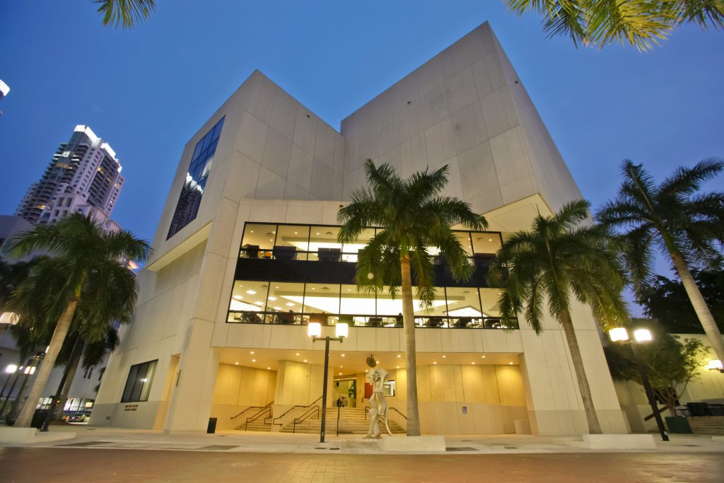 Miami Dade College - Learning Resources Building